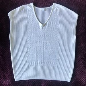 New York & Company Knitted Sleeveless blouse 👚
